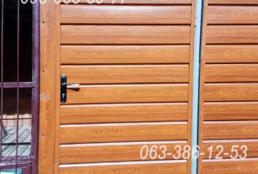 Металлический сайдинг под бревно Золотой дуб (г. Рокитне) Сайдинг под блок-хаус